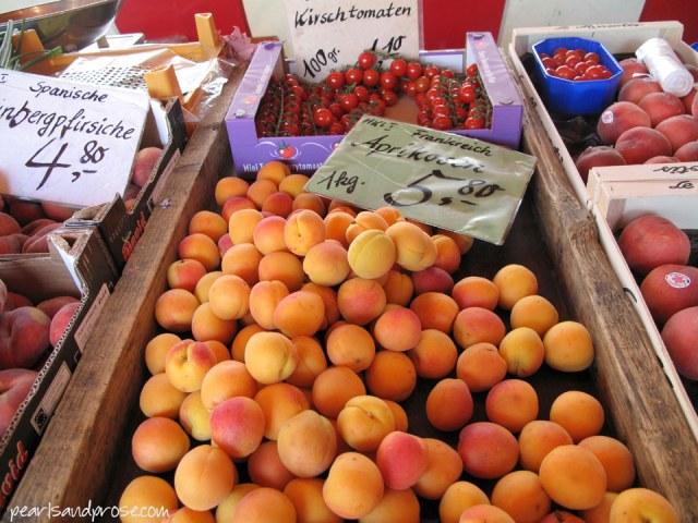 lubeck_apricots_web