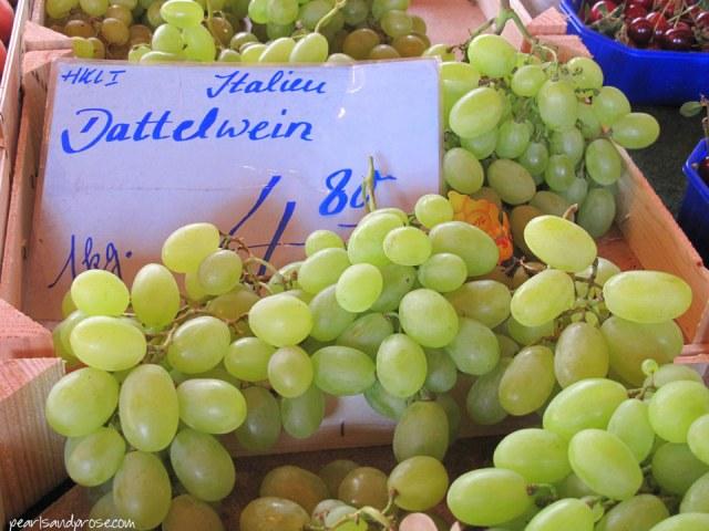 lubeck_grapes_web