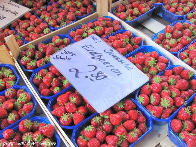 lubeck_strawberries_web
